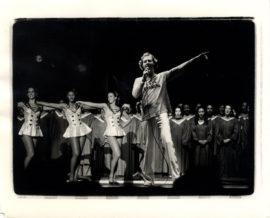 ANDY KAUFMAN LIVE PERFORMANCE PHOTOS C. 1978