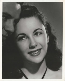 ELIZABETH TAYLOR AT 15 IN CYNTHIA (1947)