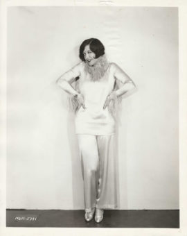 JOAN CRAWFORD IN LOUNGE WEAR (1928)