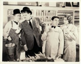 LAUREL AND HARDY / TIT FOR TAT (1935)