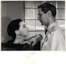 LESSON IN LOVE [EN LEKTION I KARLEK] (1954)