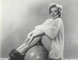 MARILYN MONROE ON GLOBE/PUBLICITY FOR WE'RE NOT MARRIED (1952)