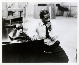 ERROLL GARNER (ca. 1960s) Collection of 11 photos