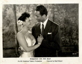 ROMANCE ON THE BEAT (1945) Set of 4 photos