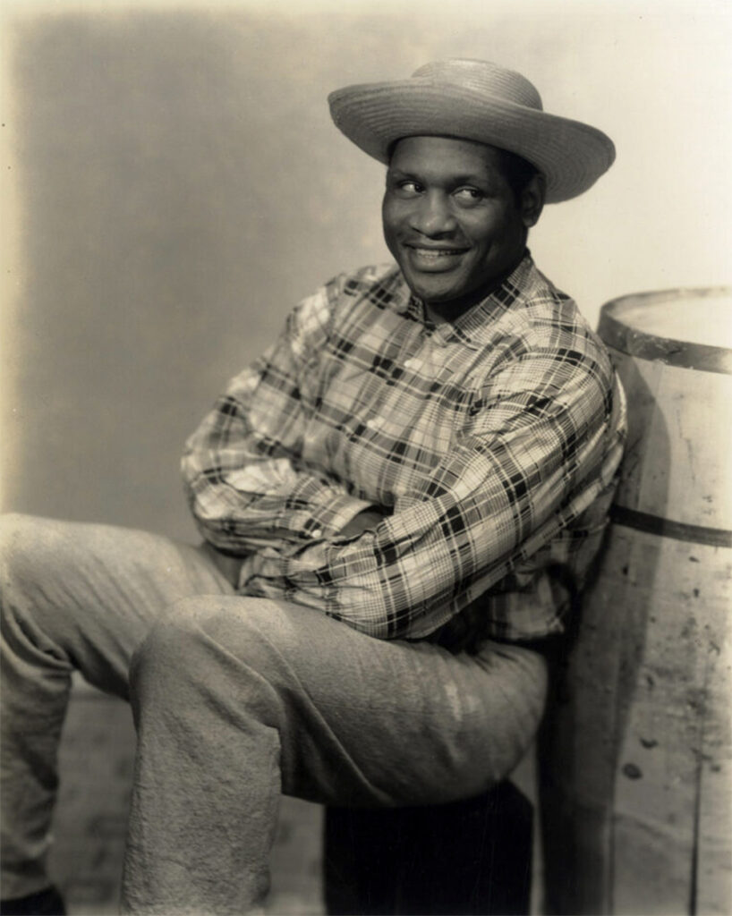 "Paul-Robeson-Showboat ""Ah Still Suits Me"""