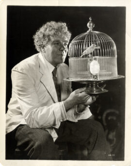 GREED (1924) Gibson Gowland with parakeet