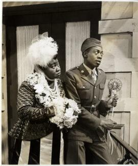 HATTIE MCDANIEL, WILLIE BEST / THANK YOUR LUCKY STARS (1943) Photo