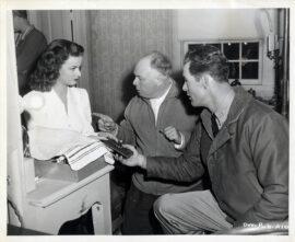 JEAN RENOIR DIRECTING / WOMAN ON THE BEACH (1947) BTS photo
